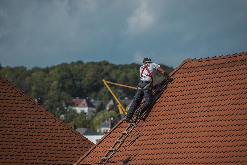 Ką būtina žinoti, jei norite stogo dangai pasirinkti čerpes?